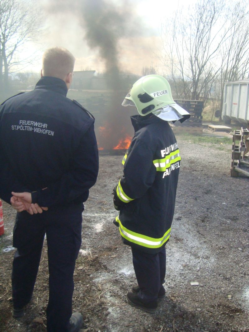 You are browsing images from the article: Wissenstest der Feuerwehrjugend
