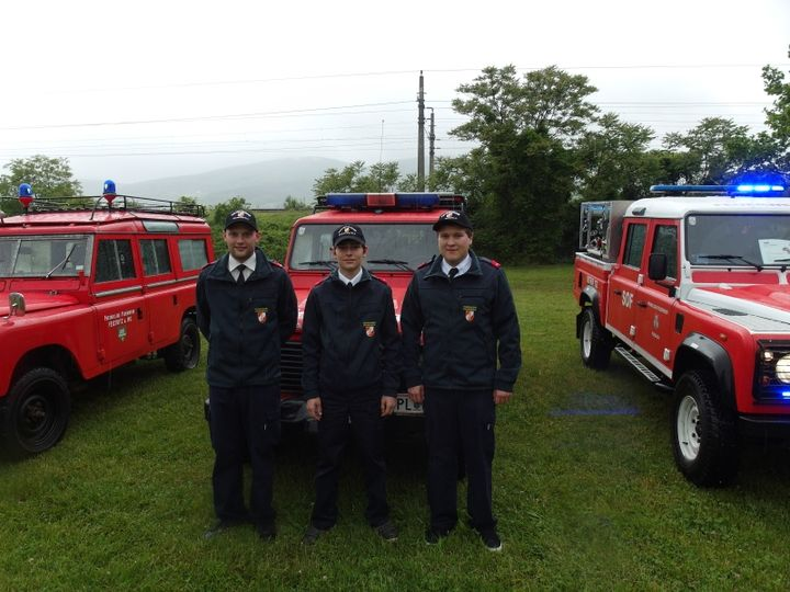 You are browsing images from the article: Teilnahme am Feuerwehr - Land Rover - Treffen