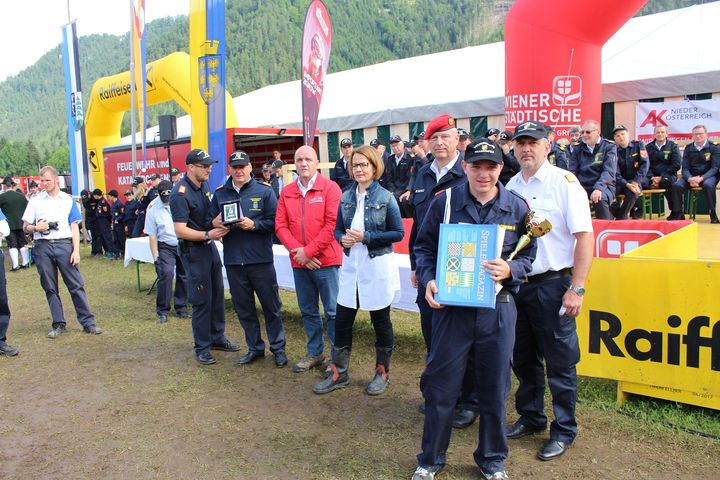 You are browsing images from the article: Landestreffen der NÖ Feuerwehrjugend in St. Aegyd am Neuwalde