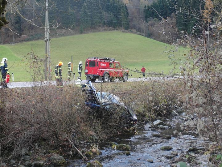 You are browsing images from the article: 07.11.2015: Verkehrsunfall mit Personenschaden