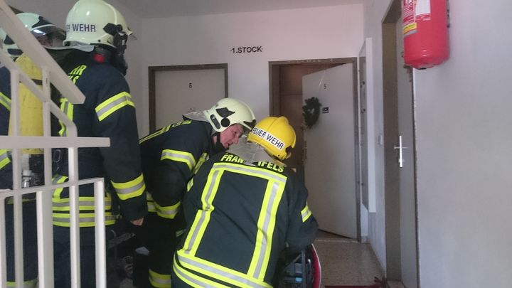 You are browsing images from the article: 01.12.2017: Rauchmelder verhindert Wohnungsbrand