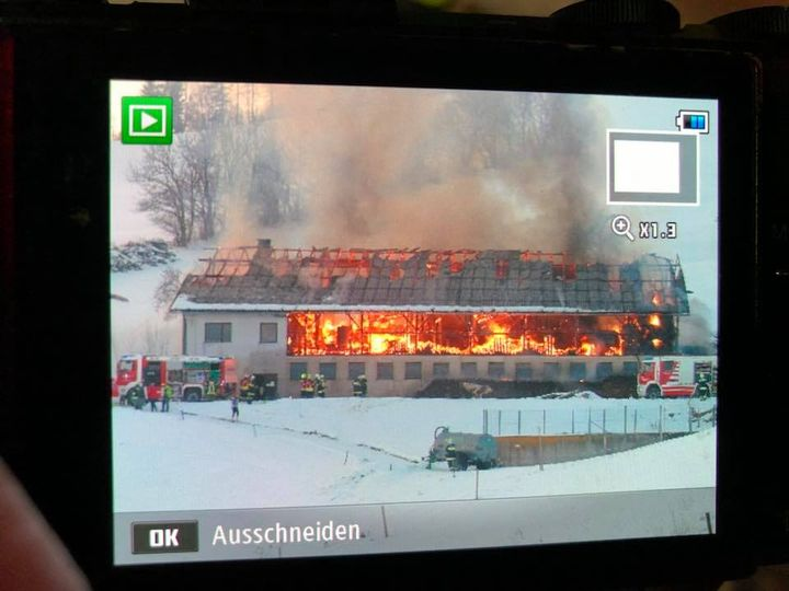 You are browsing images from the article: 04.03.2018: Großbrand eines Wirtschaftsgebäudes in Kirchberg/Pielach