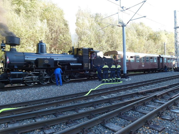 You are browsing images from the article: 14.10.2018: Wassertransport für Dampflokomotive Mh.6