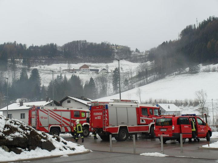 You are browsing images from the article: 03.12.2018: Küchenbrand NÖVOG Betriebszentrum Laubenbachmühle