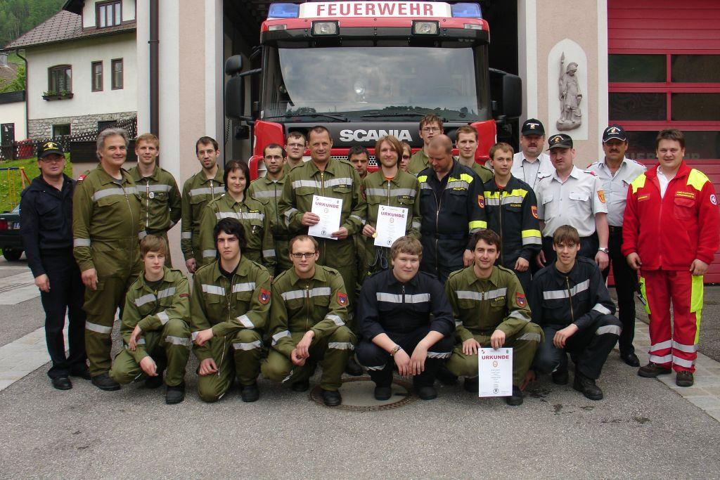 You are browsing images from the article: 29.05.2010 - Bronze, Silber und Gold für Ausbildungsprüfung Technischer Einsatz