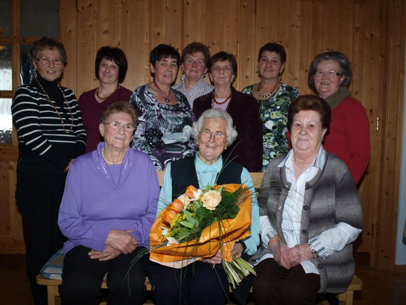 You are browsing images from the article: Patin Hedwig Pilger feierte 90. Geburtstag