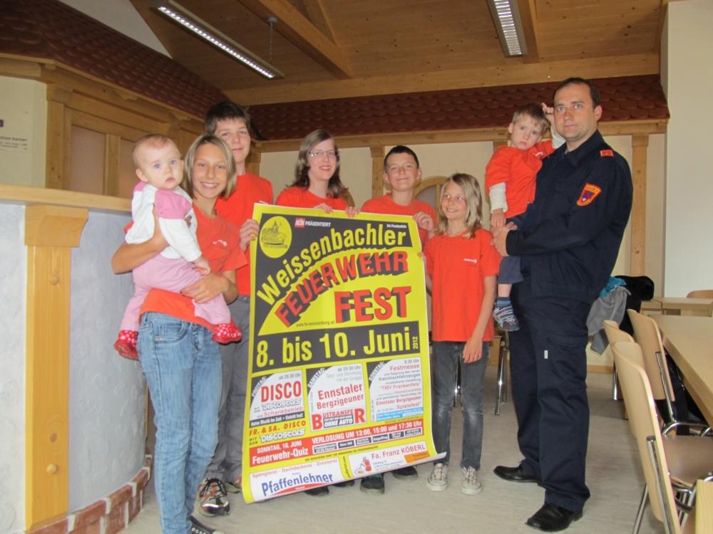 You are browsing images from the article: Weißenbachler Feuerwehrfest vom 8. bis 10. Juni 2012 - neue Bilder von den Vorbereitungsarbeiten