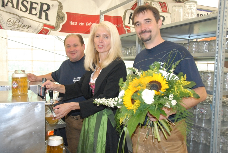 You are browsing images from the article: Rückblick auf das Weißenbachler Feuerwehrfest 2012 mit Fotos