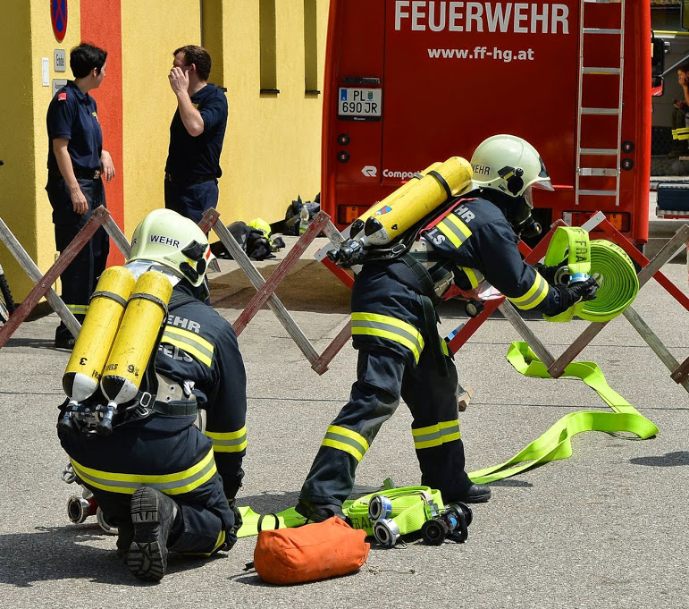 You are browsing images from the article: Ausbildungsprüfung Atemschutz erfolgreich absolviert