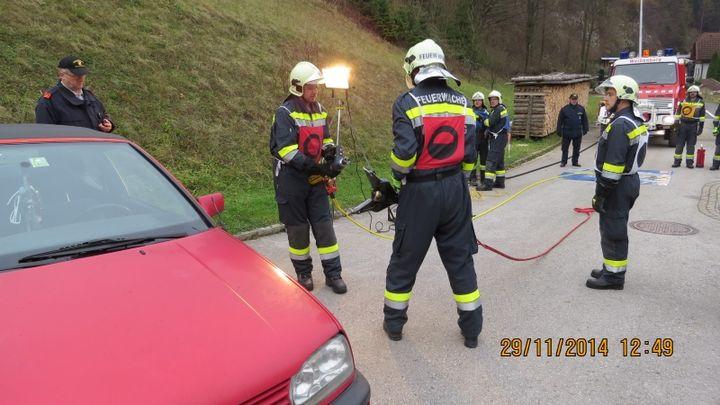 You are browsing images from the article: Ausbildungsprüfung Technischer Einsatz
