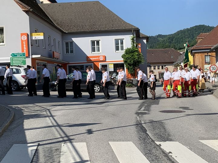 You are browsing images from the article: Fronleichnamsprozession in Frankenfels